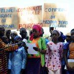 Participants at a declaration of abandonment - Medina Yorofula, Senegal, 2013.